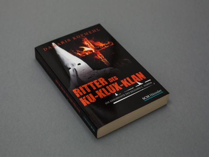 Buchcover_Der_Ritter_des_KuKluxKlan_03