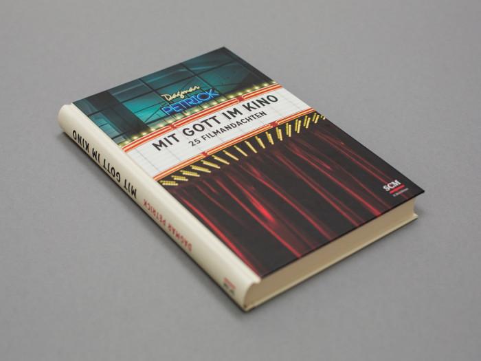 Buchcover_Mit_Gott_im_Kino_03